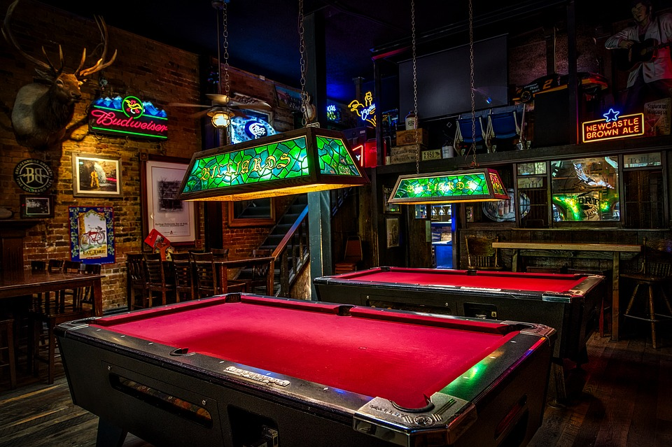 Pool Table Movers NYC Guide Capital City Movers NYC - Moving a pool table in one piece