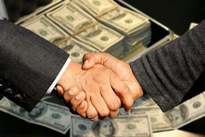 handshake - Selling and donating before the move